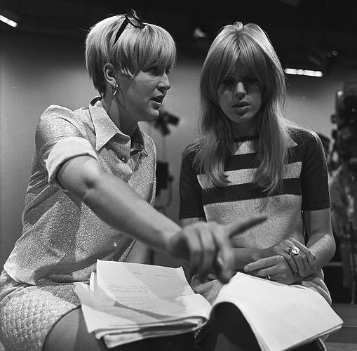"Marianne Faithfull behind the scenes of Dutch youth program ""Fan Club"" | September 1966"