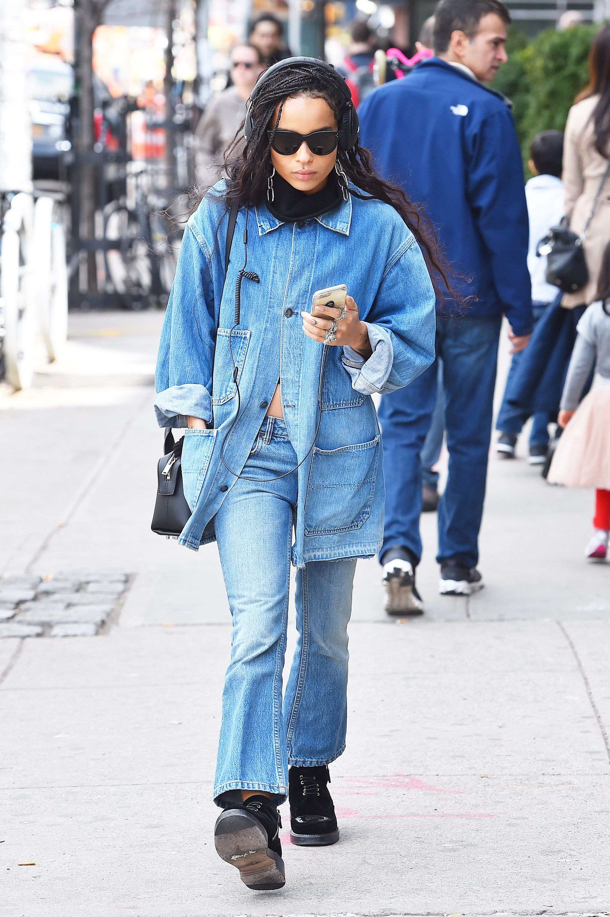 95ec2ad18fa Zoë Kravitz Gives the Canadian Tuxedo a Downtown Makeover ...