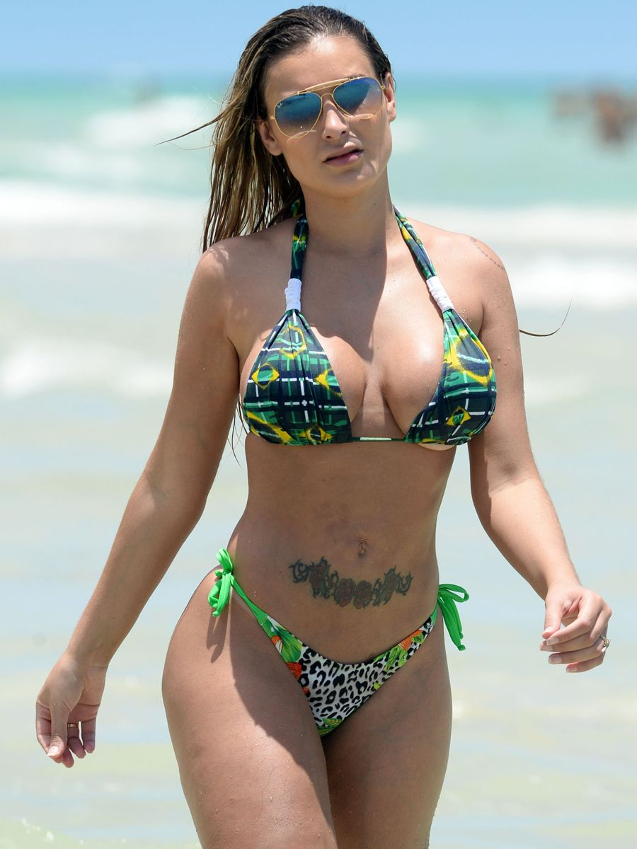Feet Andressa Urach nudes (59 photos), Topless, Sideboobs, Twitter, panties 2018