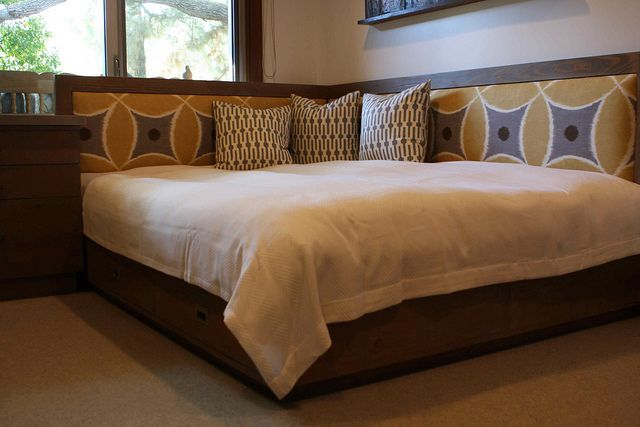 Reclaimed Wood Queen Day Bed Bedroom Furniture Layout Small