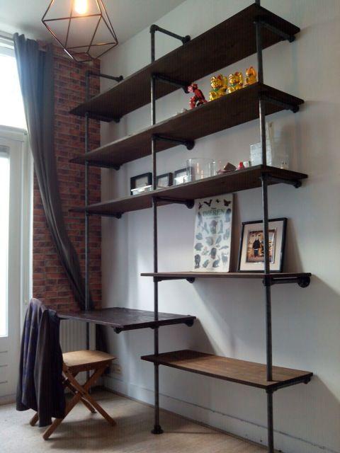 industrial shelves pipes steigerpijp wandkast hardware boekenkast jongenskamer boys room
