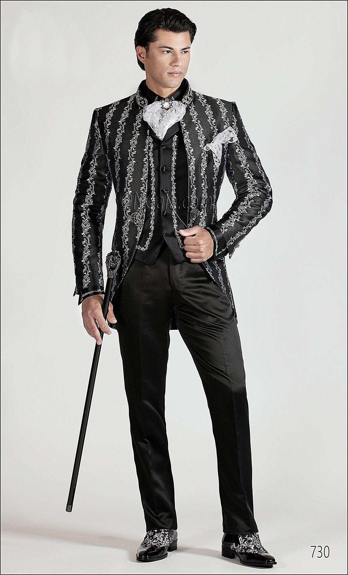 Giacca uomo in tessuto broccato nero con passamaneria ... debb8db9093