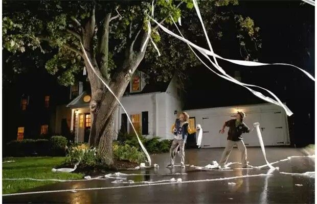 Tp Ing Friend S Houses Was A Common Prank To Play House Pranks Homecoming Week Pranks