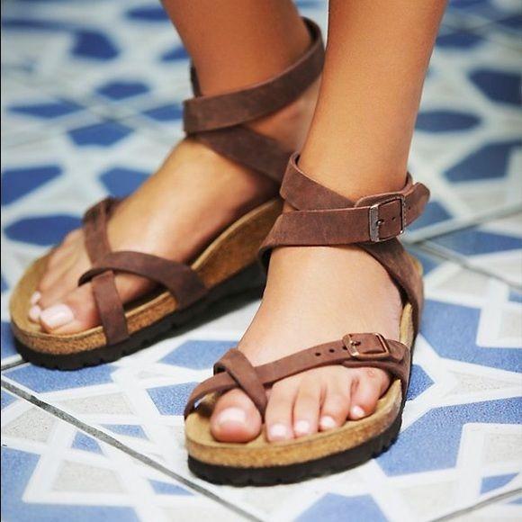 Shop Women's Birkenstock Brown Black size 9 Sandals at a