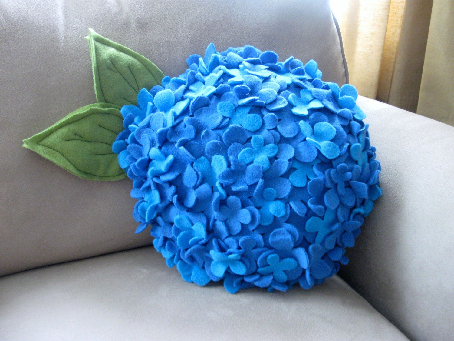 Hydrangea pillow sevİnÇ Özkut pinterest hydrangea pillows and