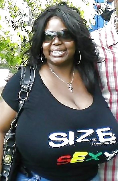 busty ebony moms