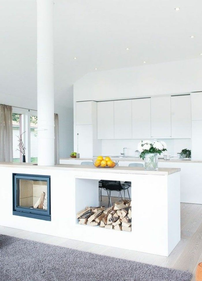 Kamin einbauen: Eine funkzionelle Entscheidung | weiße Küchen, Kamin ...