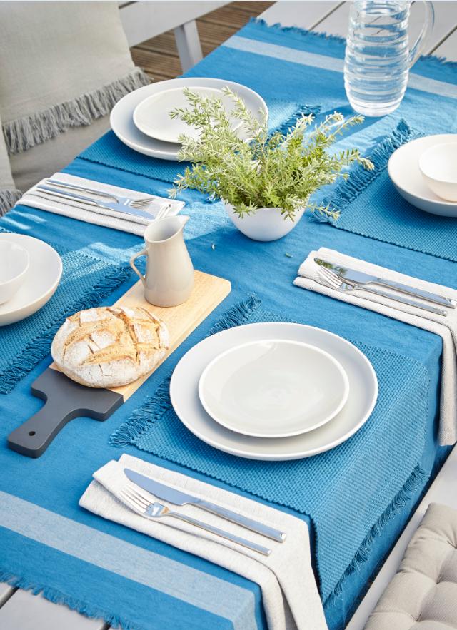 Nappe Frange Blooma Rural 140 X 275 Cm Bleu Avec Images Nappe Nappe Exterieure Castorama