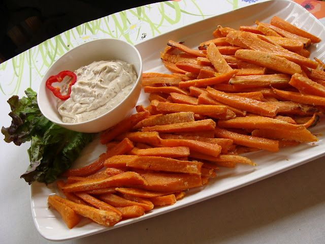 Mennonite Girls Can Cook: Sweet Potato Oven Fries with Maple Bacon dip
