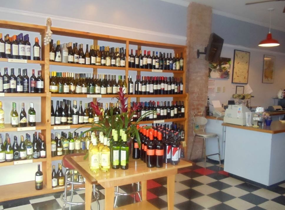 Gradys Fine Wine Is A Local Wine Store Nestled In The Be