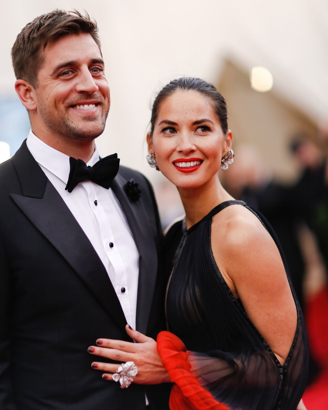 Aaron And Olivia Olivia Munn Met Gala Ombre Fashion