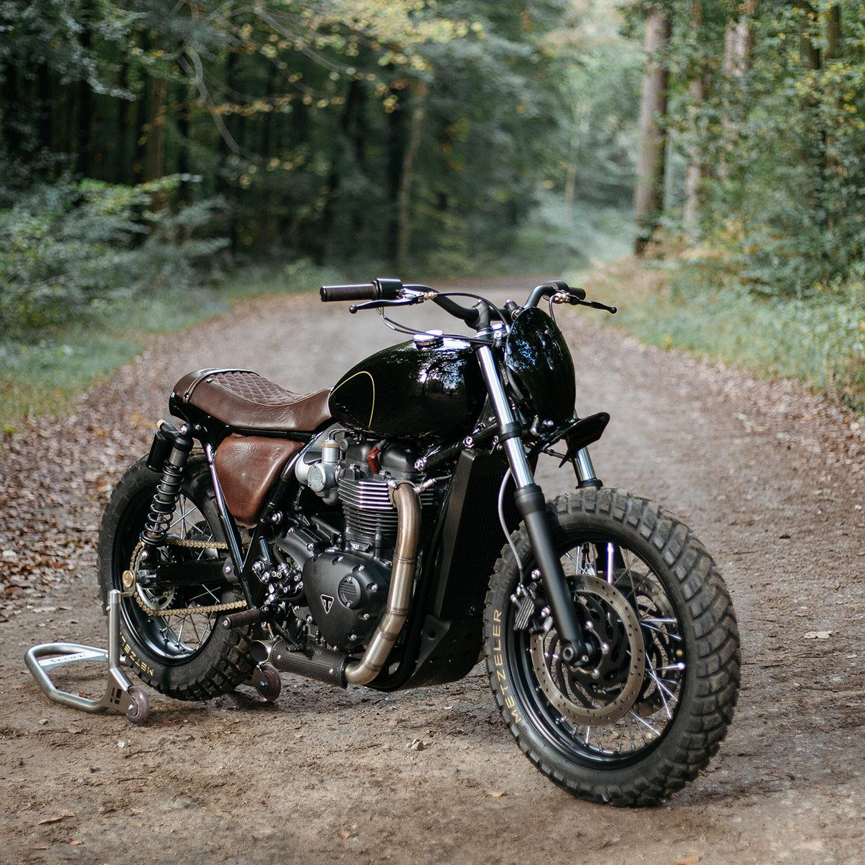 Cafe Racers Custom Triumph Bonneville T120 By Old Empire Motorcycles