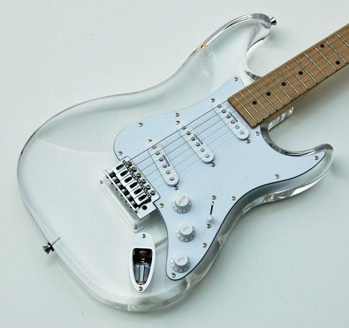 fender stratocaster thru clear acrylic strat electric guitar w trem fender stratocaster. Black Bedroom Furniture Sets. Home Design Ideas