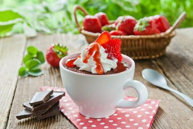 Strawberry Peaks Mug Cake. Add some strawberry flair to your chocolate mug cake! #OwnYourSweetTooth