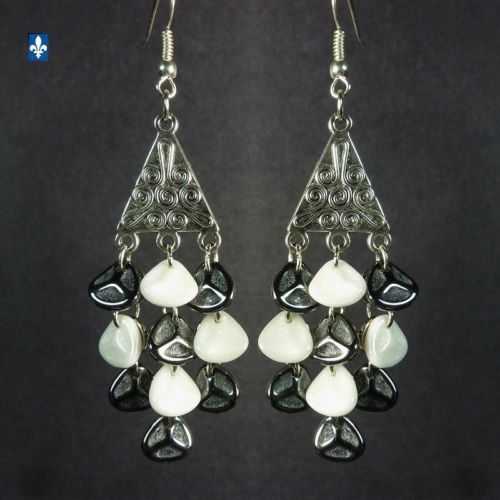Gorgeous-Black-White-Czech-Glass-Petals-Plated-Silver-Earrings