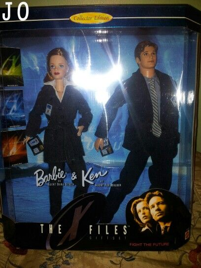 Mulder and Scully Finally Have Their Own Official Barbie