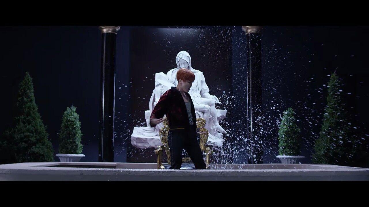 #방탄소년단 #BTS #WINGS '피 땀 눈물 (Blood Sweat & Tears)' MV (https://youtu.be/hmE9f-TEutc)  #피땀눈물