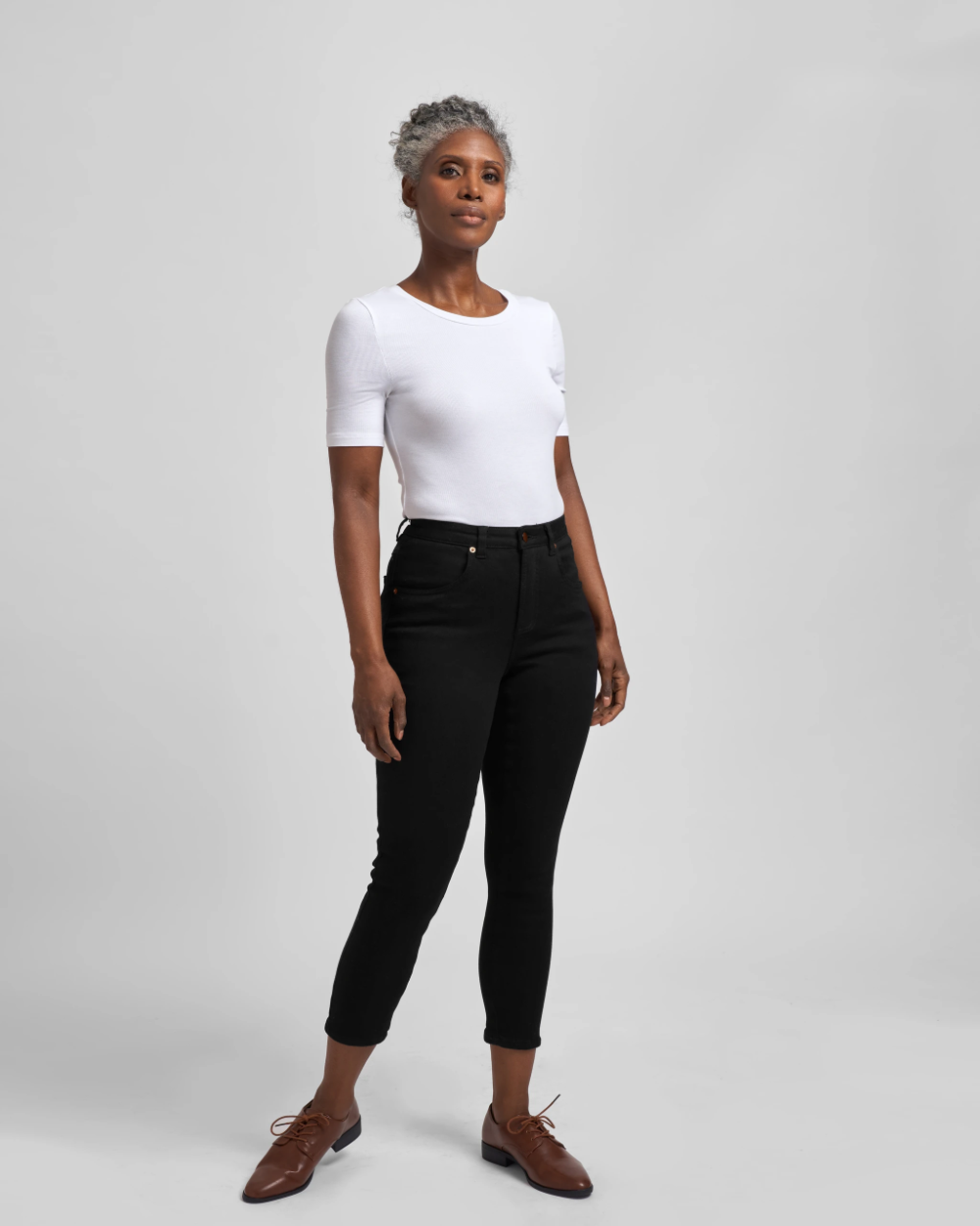 Seine Mid Rise Skinny Jeans 27 Inch - Black   Universal Standard