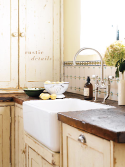 rustic perfection. and a farmhouse sink. dreamy.