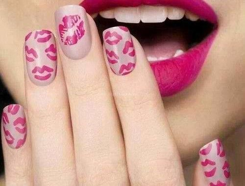 Lips print nail art check it out now httptopfashtrends lips print nail art check it out now httpwww prinsesfo Image collections