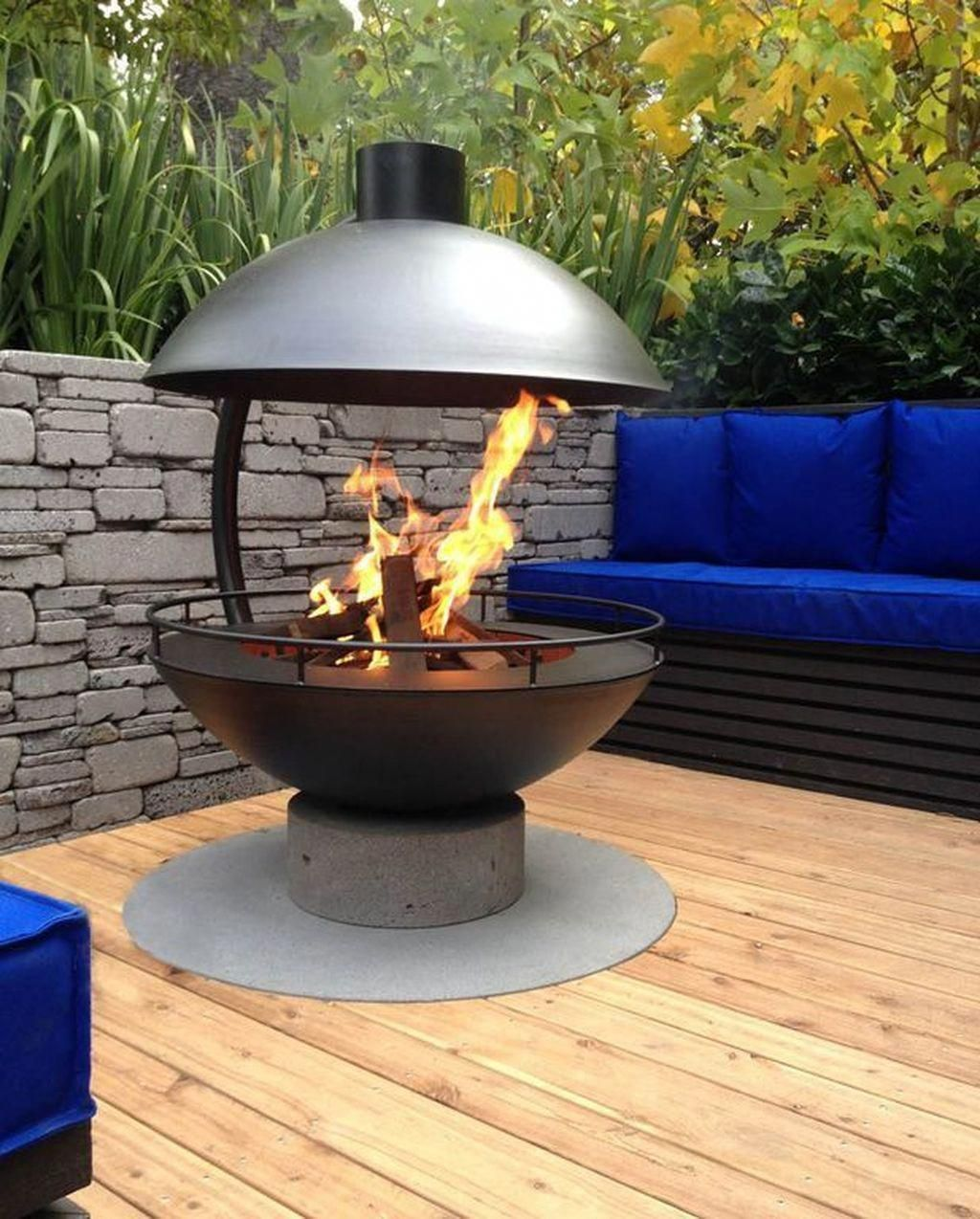 This outdoor fire area is a really inspirational and