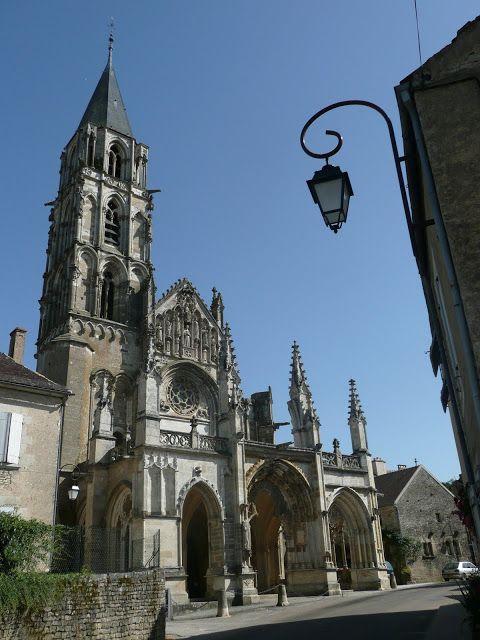 Saint Père nearby Vézelay (Yonne 89) #Medieval #Yonne #Bourgogne