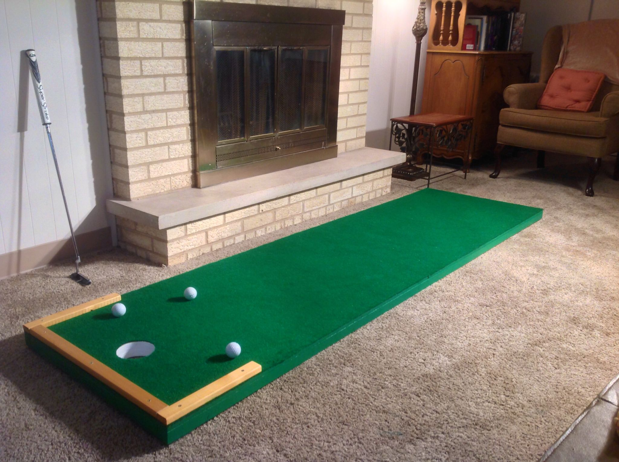Custom Indoor Putting Greens For Home