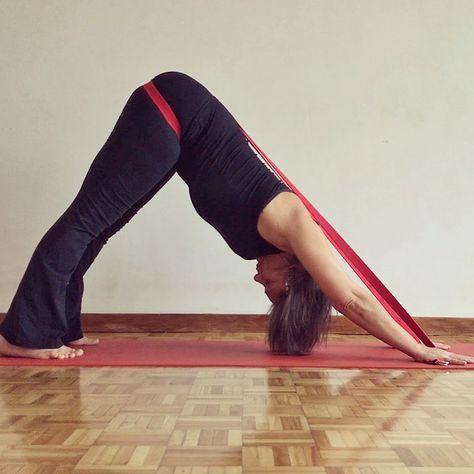 pinmunmakuuni on yogaposes   yoga tips yoga props