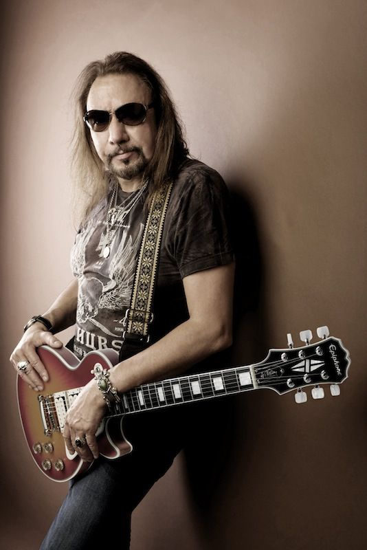 Ace Frehley Ace Frehley Hot Band Famous Guitars