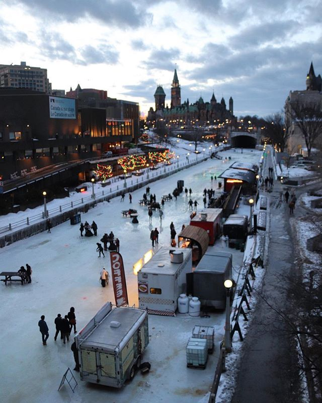 Each winter the historic #RideauCanal a @UNESCO World Heritage Site becomes the #RideauCanalSkateway the worlds largest skating rink.  #Ottawa #CanalMoments  @ottawatourism @ontariotravel @explorecanada