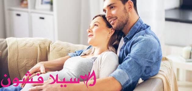 الشهر الثامن من الحمل والجماع سيلا فشون Couple Photos Couples Scenes