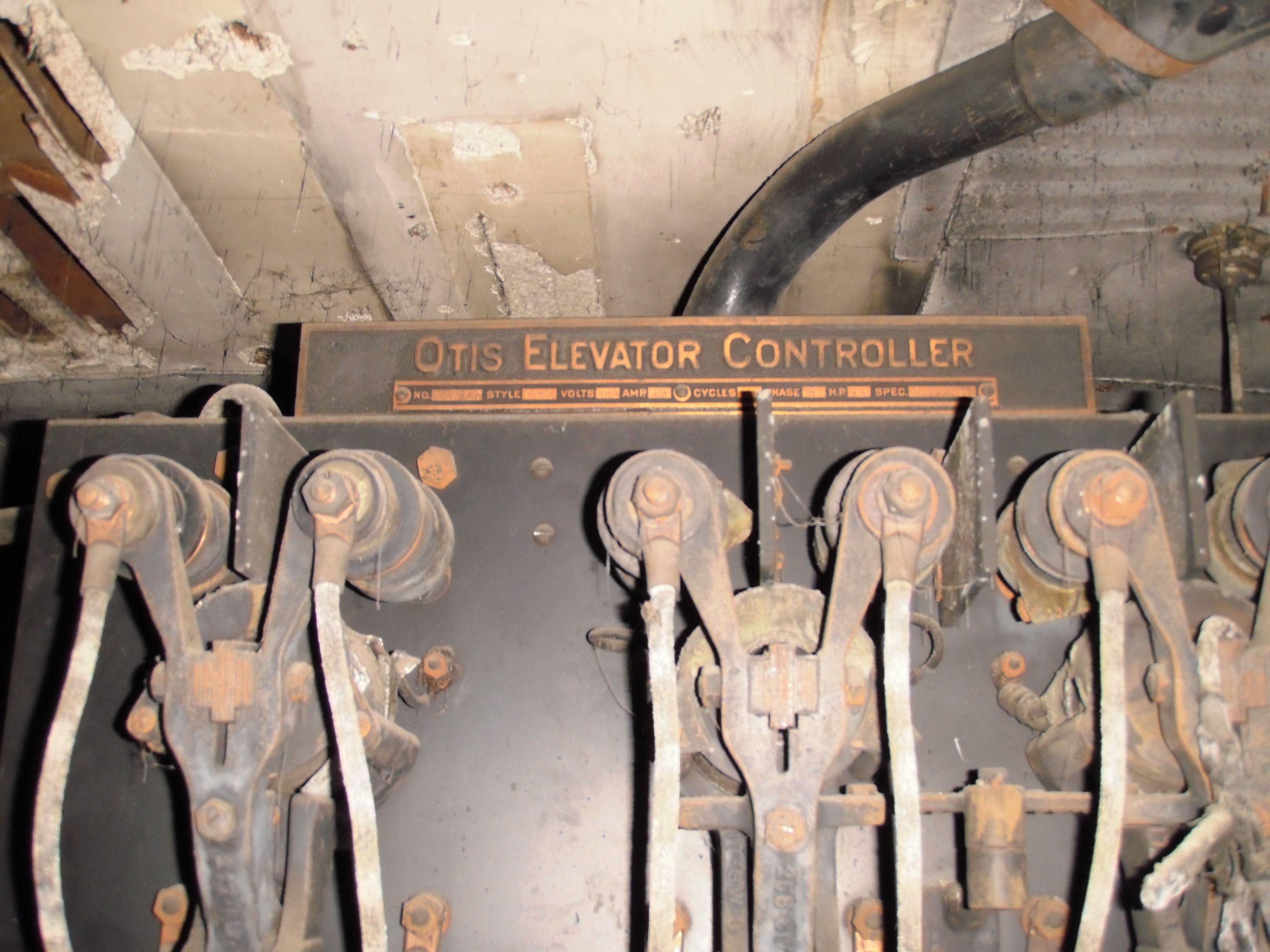 1894 Otis Elevator Controller