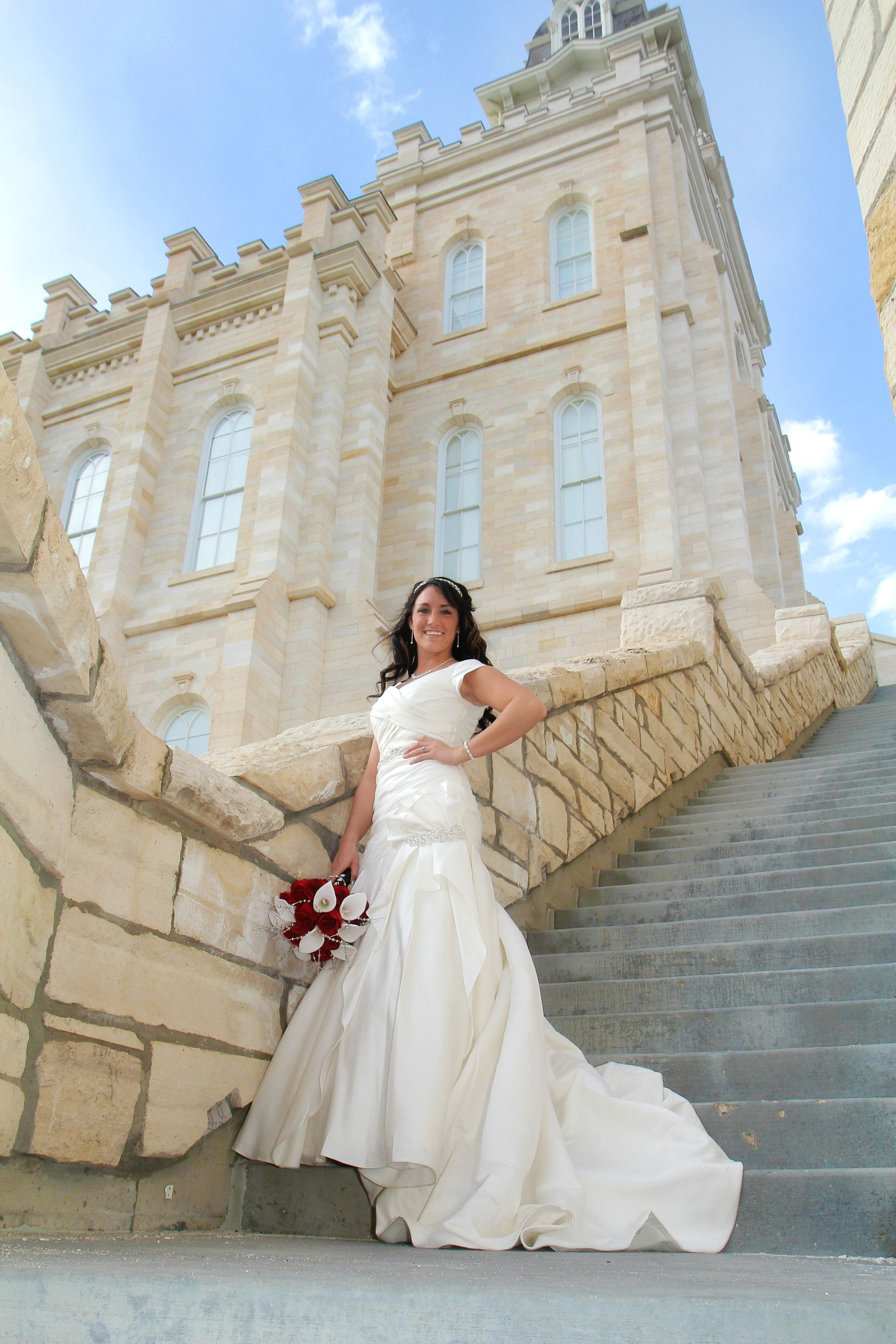 Bridal picture at Manti Temple in Utah | Black, white and red ...