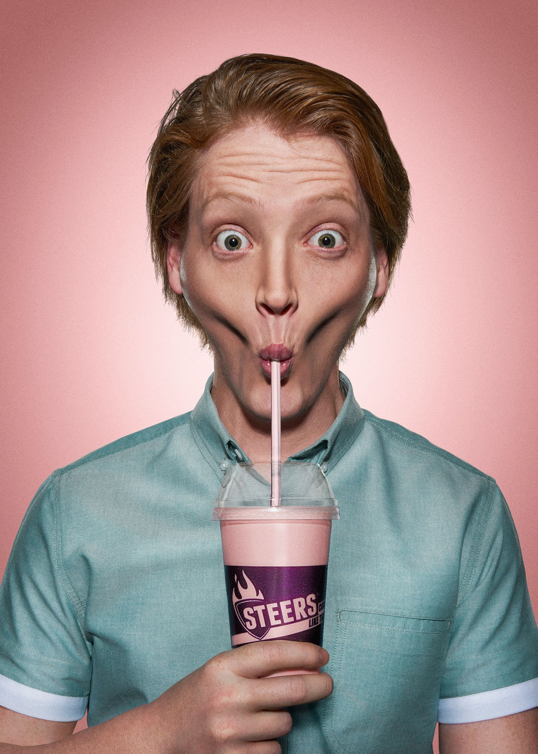 Echa un vistazo a este proyecto @Behance: \u201cSteers - Ridiculously Thick Milkshakes\u201d https://www.behance.net/gallery/33126705/Steers-Ridiculously-Thick-Milkshakes