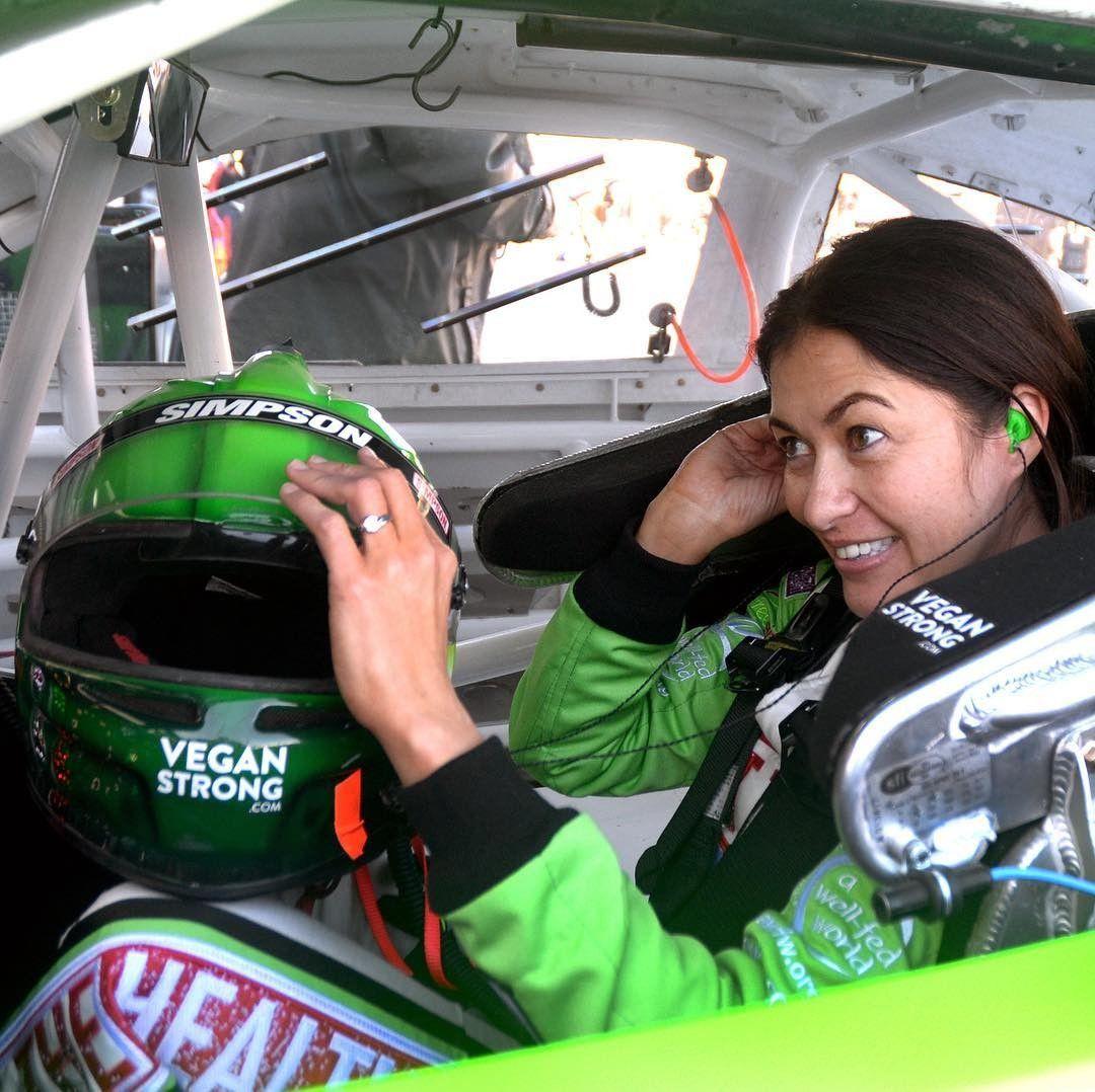 Watch the amazing Leilani Munter race live at Daytona