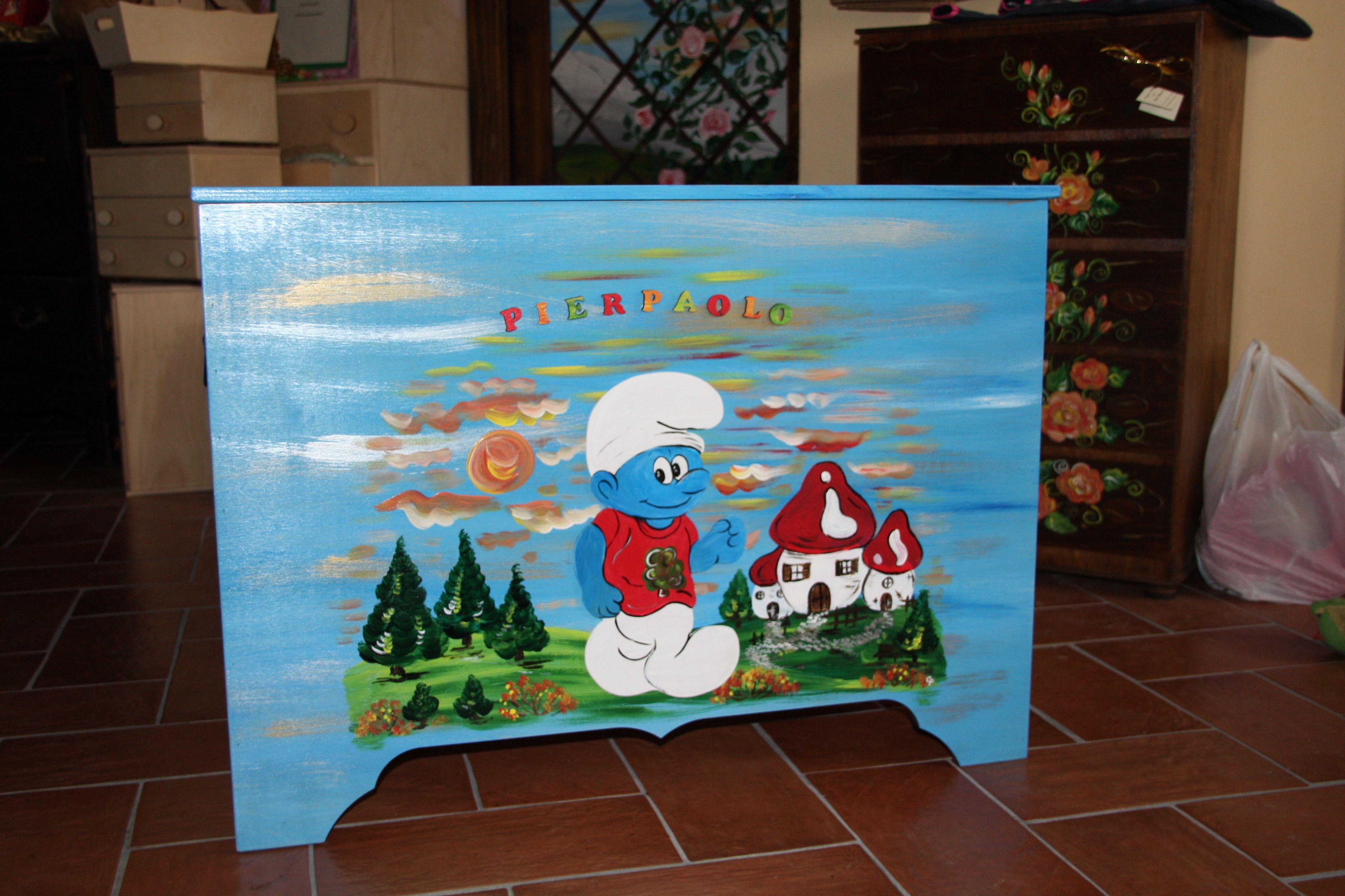 Cassapanca per giochi in legno dipinta a mano