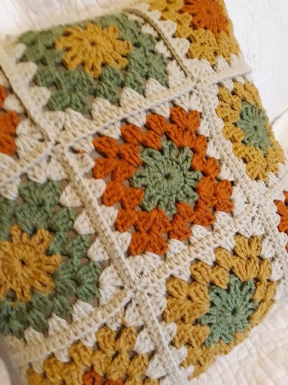 Crochet Decorative Pillow #crochetedheadbands