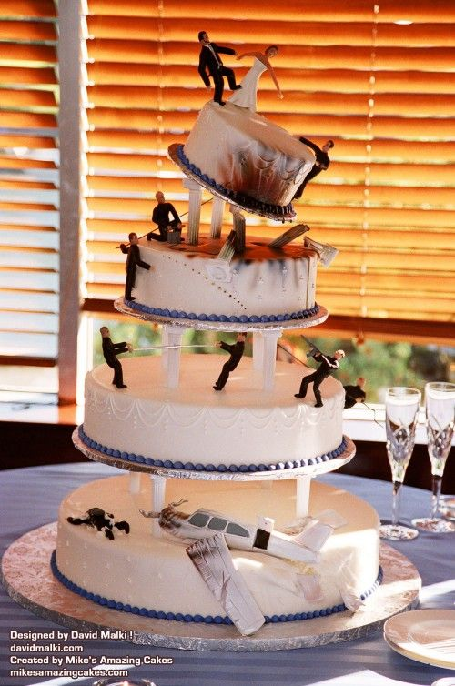 I Know One Man In Particular Who Would Actually Swoon Over The - Crazy cake designs lego grooms cake design