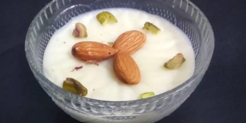 Kolkata Style Rice Phirni Recipe | TastedRecipes | Recipe ...