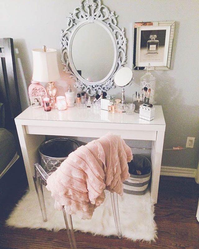 Instagram Photo By Maya Apr 20 2016 At 9 41pm Utc Home Decor Bedroom Decor Chic Bedroom