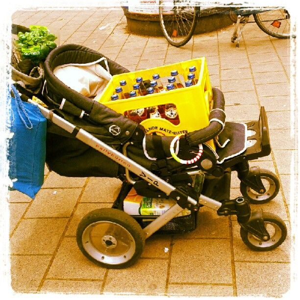 Is it a boy or a girl? – It's Club Mate.
