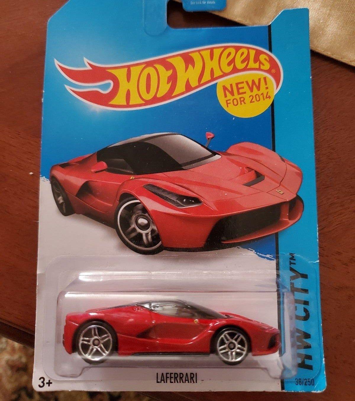 2014 Hot Wheels Ferrari Laferrari New In Card Hot Wheels Doesn T Make Ferrari Anymore Since They Lost The License Ferrari Laferrari Hot Wheels Ferrari