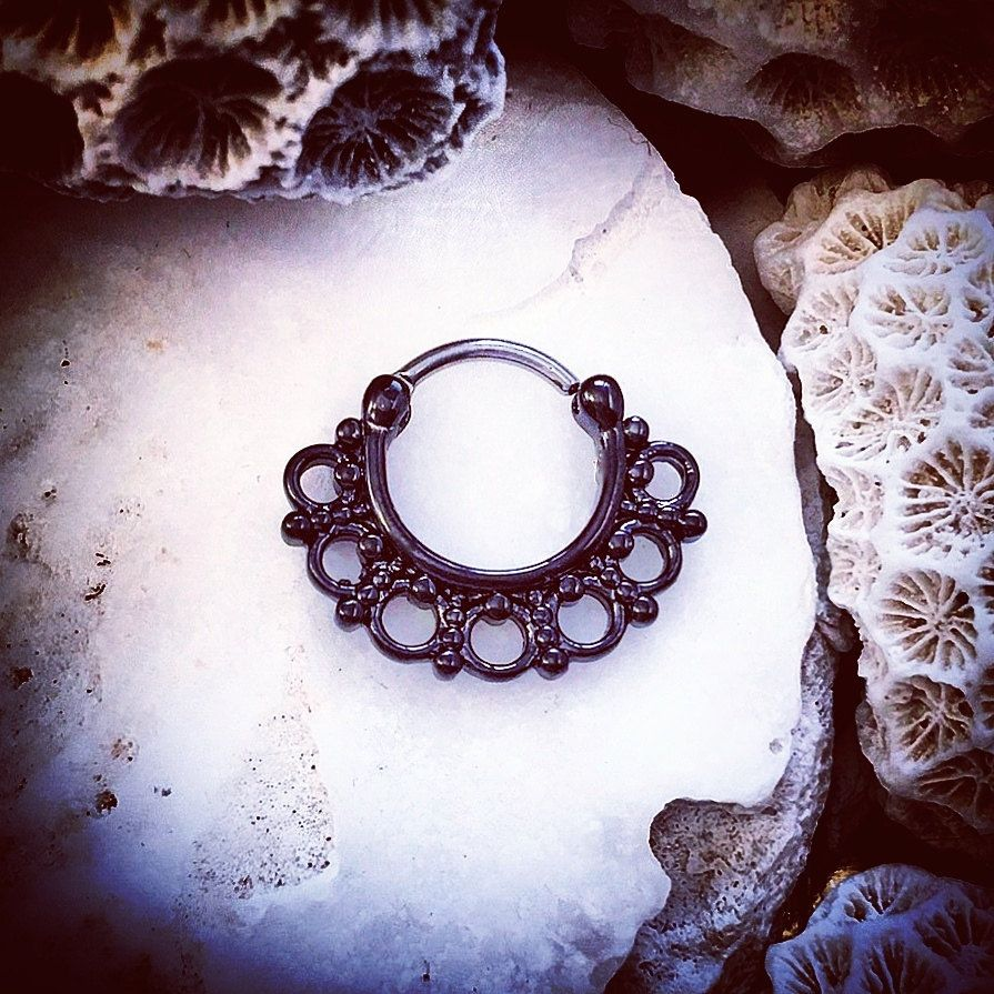 Black Lotus Hinged Septum Clicker Ring | 5/16 8mm Ring Flower Nose ...