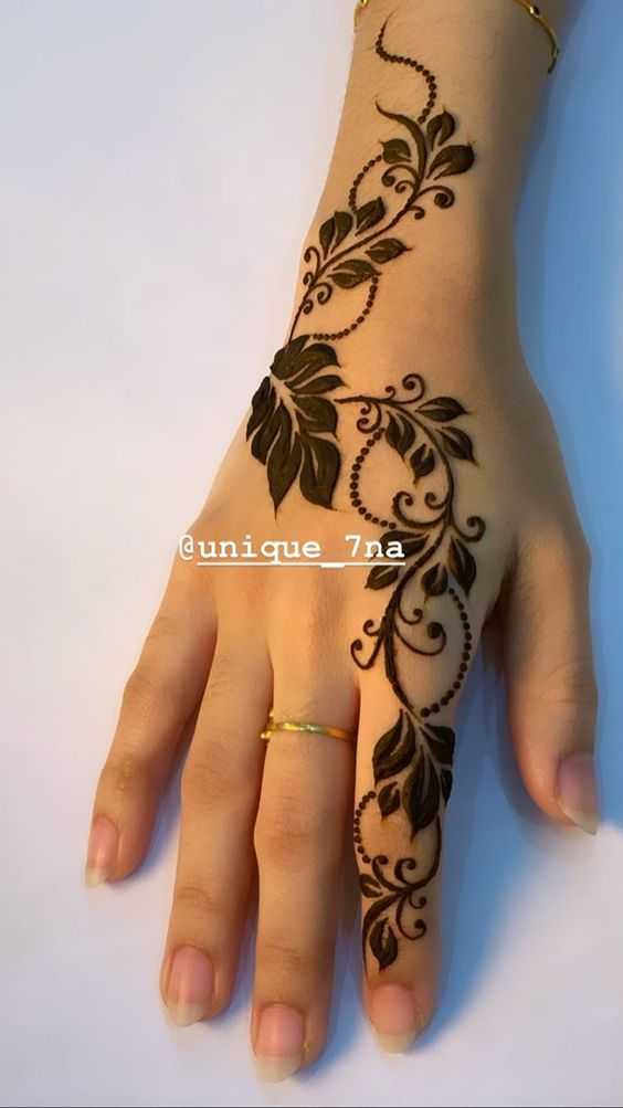 35 Latest Arabic Mehndi Designs  for hands