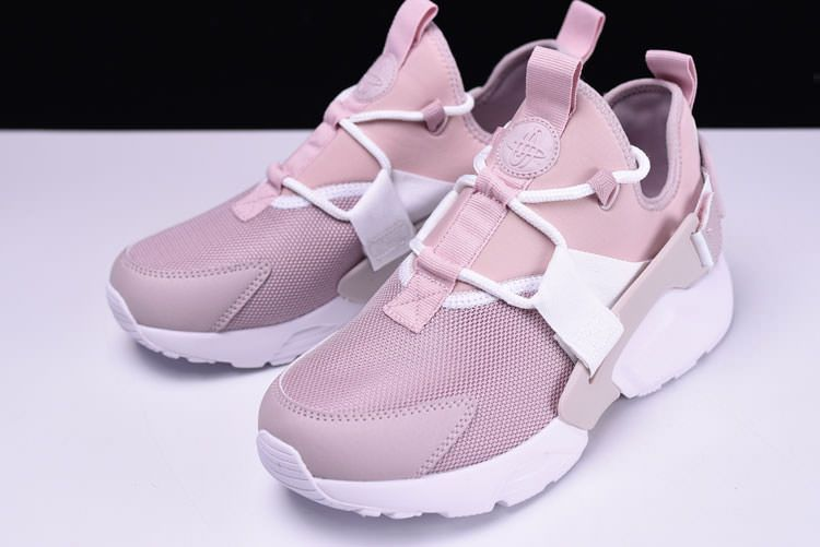 ecaf17153fb0 Nike Air Huarache City Low