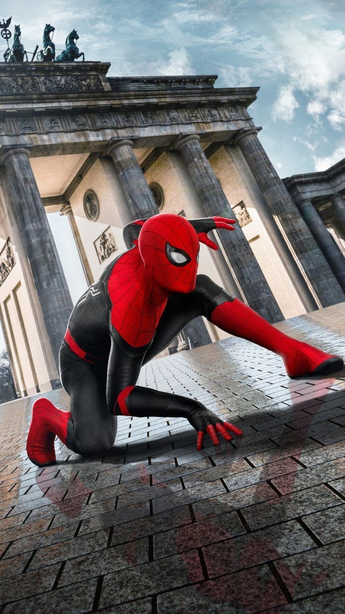 Wallpaper Spider Man Far From Home For Iphone With High Resolution 1080x1920 Pixel You Can Use This Wallpaper For Your Spiderman Marvel Wallpaper Home Poster