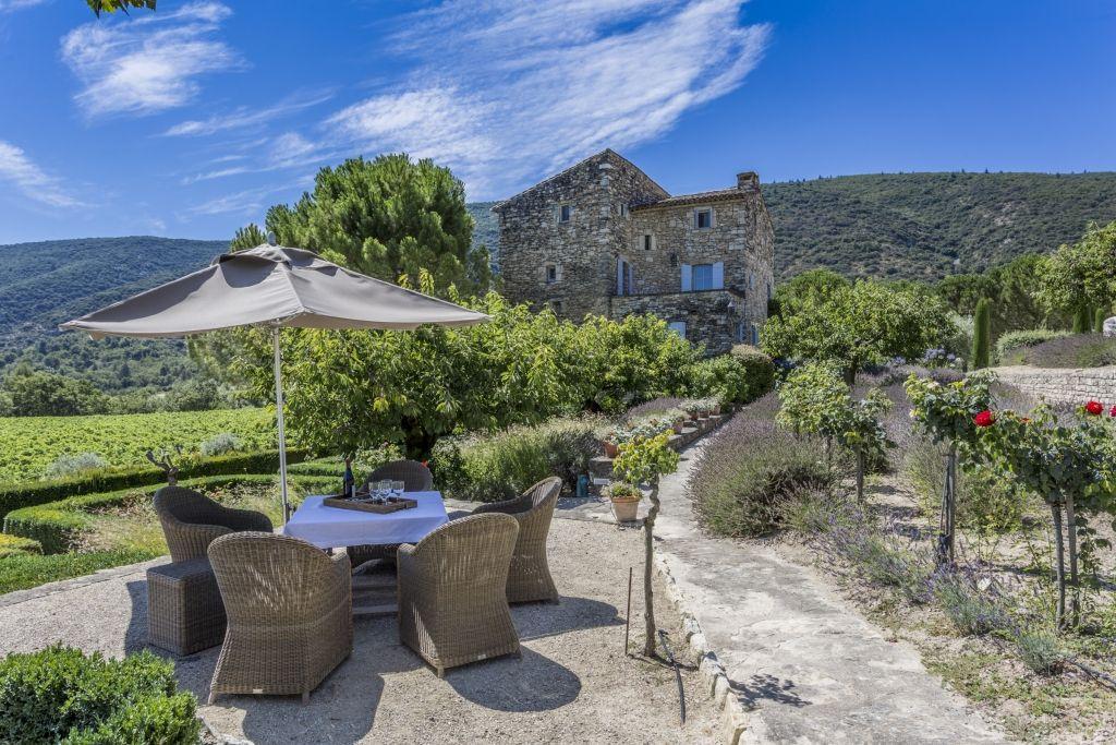 Location d\u0027un mas en Provence, dans le Luberon, avec piscine - location vacances provence avec piscine