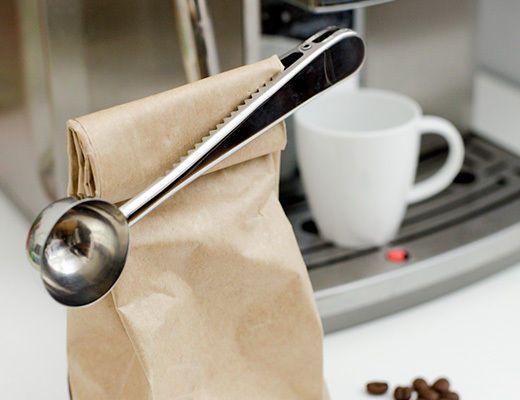 Kikkerland Coffee Cafe Clip Tea Scooper Measuring Spoon