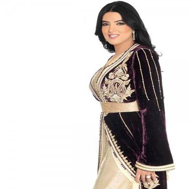 الاعلامية المغربية هند بومشمر Hindboumchamar اللباس من تصميم Sophia Benyahia Kaftan Moroccancaftan Moroccantradition Moro Style Moroccan Caftan Caftan