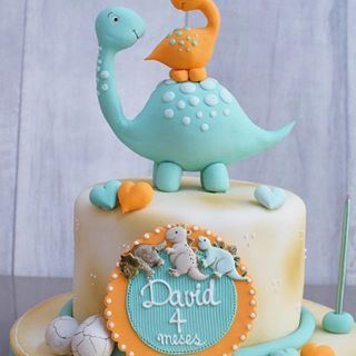 Pastel con motivo de dinosaurio para cumplea os de ni o - Bizcocho cumpleanos para ninos ...